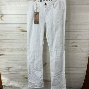 Ernest Sewn White Midrise boot cut jeans